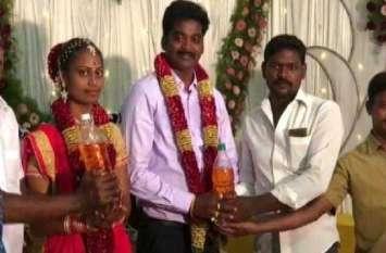 तमिलनाडु: एक शादी में दूल्हे को गिफ्ट में मिला पांच लीटर पेट्रोल, राज्य में 85 रुपए लीटर पार है कीमत