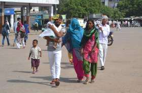 रोडवेज की हड़ताल से परेशान हुए यात्री, भर्तहरि मेले के लिए भी नहीं मिली बसें
