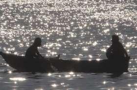 pics - सितारों  से झिलमिलाई झील