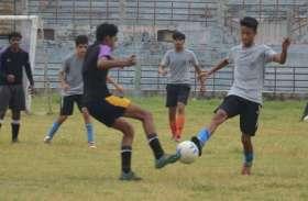 इंटर स्कूल फुटबॉल टूर्नामेंट की कुछ रोचक तस्वीरें, जहां बच्चों के गोल ने जीता दर्शकों का दिल