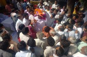 राज्यसभा सांसद डॉ. किरोड़ीलाल  मीणा के काफिले पर फायरिंग,पुलिस ने किया इनकार