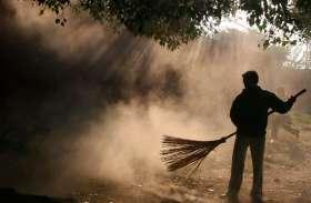 ग्रामीण सफाई कर्मचारियों को अब पंचायत से मिलेगा मानदेय
