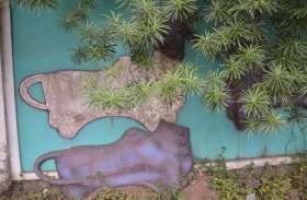 Photo Gallery : 'माननीय' की दीवारों से छिटकीं कलाकृतियां, बेखबर जिम्मेदार