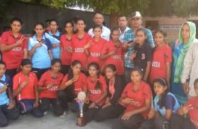 Video: 63वीं राज्य स्तरीय खेलकूद प्रतियोगिता में जीतकर बाड़मेर लौटीं 17-19 साल की युवतियां