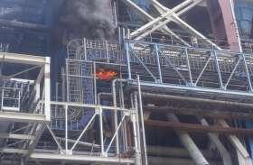 एनटीपीसी में लगी आग, पुलिस प्रशासन की सूझबूझ से हालात पर काबू