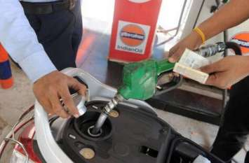 डीजल के दाम में नहीं हुर्इ बढ़ोतरी, पेट्रोल की कीमत में 6 पैसा प्रति लीटर का इजाफा