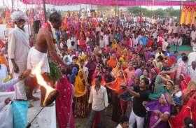 video: तेजाजी के मंदिरों पर उमड़ी श्रद्धालुओं की भीड़, कई जगह निकली शोभायात्राएं तो कई जगह मेलों का हुआ आयोजन