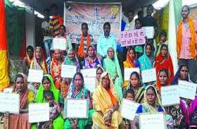 मतदाताओं को जागरूक करने के लिए निकाली गई रैली, रंगोली बनाकर दिया संदेश