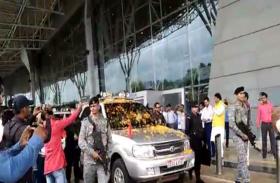भारतीय जनता पार्टी के राष्ट्रीय अध्यक्ष अमित शाह का रायपुर एयरपोर्ट पर हुआ भव्य स्वागत