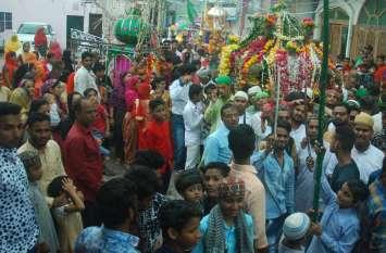 ताजियों के जुलूस में उमड़ा सैलाब ...देखिए तस्वीरें
