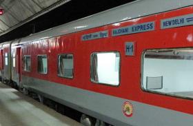 नए साल में रेलवे देगा मुसाफिरों को खुशखबरी, इन ट्रेनों में बिना झटकों के होगा सफर