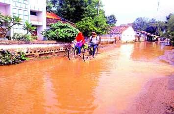 रातभर रिमझिम, सुबह तेज हवा के साथ जिले में तीन घंटे हुई तेज बारिश