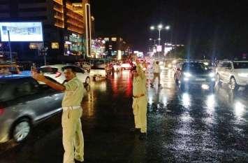 अहमदाबाद में तेज हवा साथ भारी बारिश, एक घंटे में २५ एमएम गिरा पानी