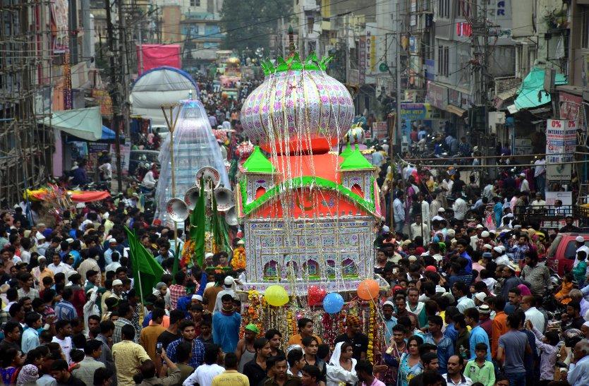 दिखी स्वच्छा भारत की झलक  पर्यावरण बचाने सदाओं के बीच पर्यावरण बचाने का संदेश