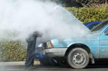 कार चलाते समय इन 4 बातों का रखें ख्याल नहीं तो पानी में भी लग जाएगी आग