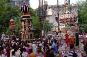 ताजिया जुलूस में मुस्लिम बंधुओं ने दिखाए एक से बढ़कर एक करतब, देखें वीडियो