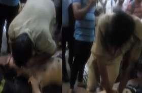 रेलवे स्टेशन पर युवक को आया  हार्ट अटैक, 'भगवान' बनकर पुलिस ने बचाई जान