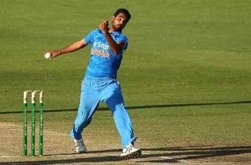 Asia Cup: पाकिस्तान के खिलाफ बड़ा रिकॉर्ड बनाने की दहलीज पर भुवनेश्वर कुमार, करना होगा ये काम