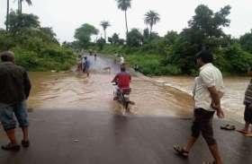 लगातार बारिश ने किसानों की चिंता बढ़ाई