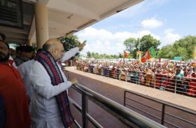 ओडिशा के अफसरों को शाह की सलाह-चाटुकारिता बंद करें, अगली सरकार भाजपा की
