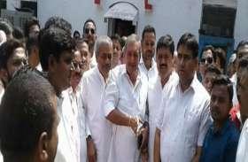 भाजपा विधायक के बाद अब समाजवादी पार्टी के नेता भी पुलिस कार्रवाई से नाराज