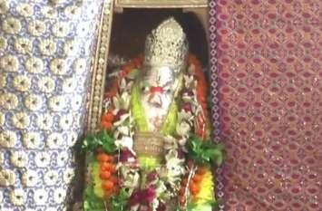 धूमधाम से मनाया जा रहा बुढ़वा मंगल का पर्व, हनुमान मंदिरों में उमड़ रही भक्तों की भीड़