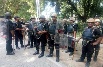 BHU बवाल: हॉस्टल में घुसने जा रही है पुलिस, पुरा परिसर छावनी में तब्दील, और बुलाई गई सुरक्षा