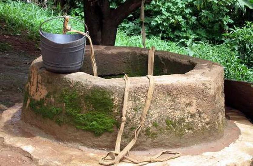भीषण अकाल के दौरान खोदे गए 150 कुएं आज बुरे दौर में किसानों के लिए बन गए वरदान