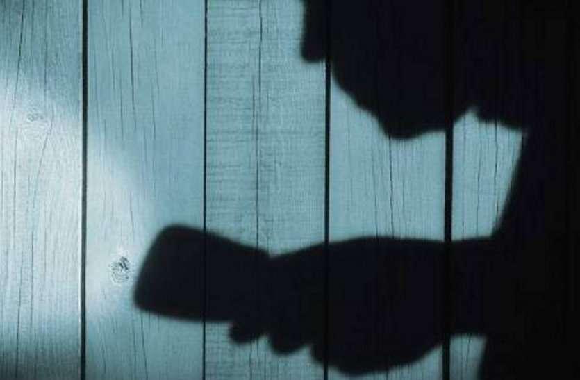 चोर करता था महिलाओं को टारगेट, कबूल की 7 चोरियां