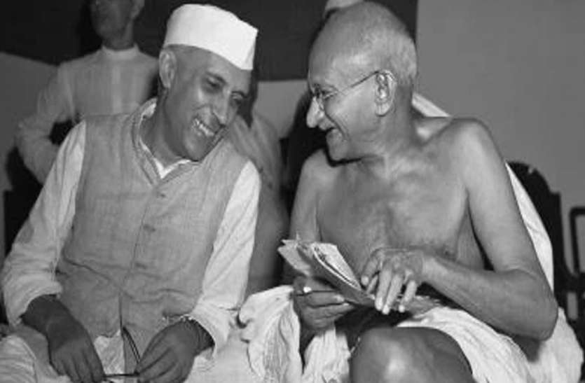 GANDHI : Mahatma Give Two Weapon, Non Violence-fast Are ...