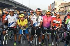 तम्बाकू छोडऩे का संदेश देने को निकाली साइकिल यात्रा