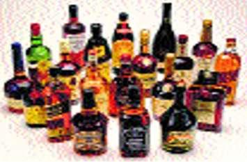 चुनावी हलचल के साथ अवैध शराब के विरुद्ध दिखा रहे सख्ती