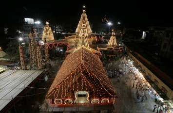 महाराष्ट्रः कोल्हापुर के महालक्ष्मी मंदिर में छोटे कपड़ों में आने वाले भक्तों के लिए खुला चेंजिंग रूम