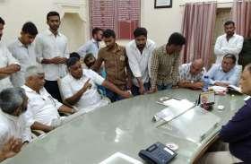 केंद्रीय मंत्री शेखावत ने कहा, चुनाव अधिकारी जेब में ले गए वोट