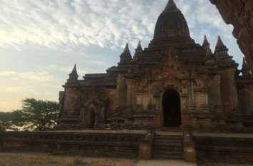 गर्मी में टपकती है बारिश में सूख जाती है इस मंदिर की छत, वैज्ञानिक भी नहीं जान सके इसके पीछे का रहस्य