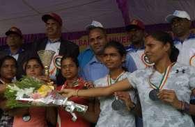 इंटर यूनिवर्सिटी क्रासकंट्री में गोविवि की टीम को पदक