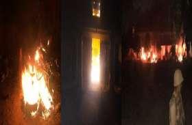 इलाहाबाद विश्वविद्यालय में लहराया सपा और एनएसयूआई का परचम, भारी बवाल, बम बाजी, आगजनी