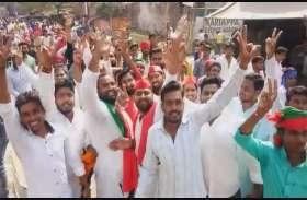 काशी विद्यापीठ में ढोल-नगाड़े संग नामांकन जुलूस, सुरक्षा के रहे कड़े बंदोबस्त