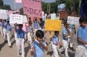 खाटूश्यामजी में बच्चों ने रैली निकालकर लोगों को किया जागरूक