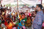 स्मार्ट शहर के चक्कर में गांवों को तहस-नहस किया जा रहा:सुदेश महतो