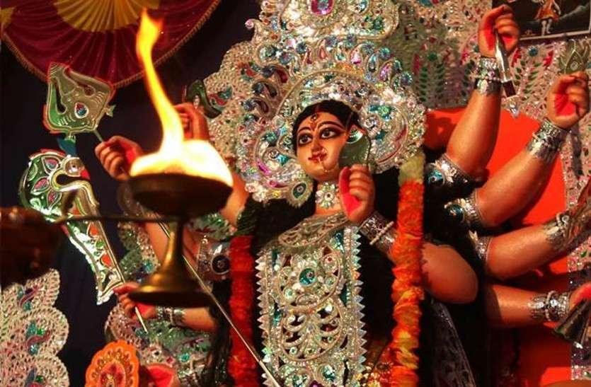 Navratri 2018 Date: इस अद्भुत संयोग में करें शक्तिस्वरूपा मां दुर्गा का पूजन, यहां देखें पूजा विधि, शुभ मुहूर्त