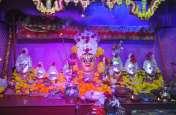 नवरात्रि पर्व : अलसुबह से ही माताजी स्थापना, मंदिरों पर भीड़
