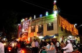 शारदीय नवरात्र आज से शुरू, मंदिरों में माँ दुर्गा के  दर्शनों के लिए श्रद्धालुओं की उमड़ी भीड़