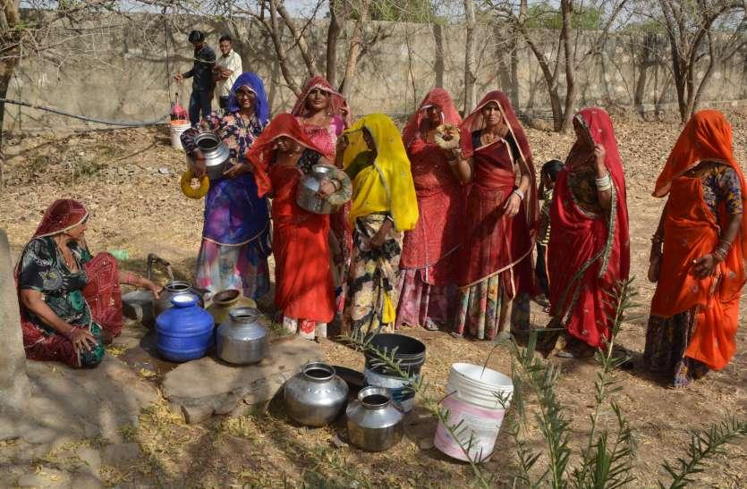 25 दिन से नहीं आ रहा बीसलपुर का पानी