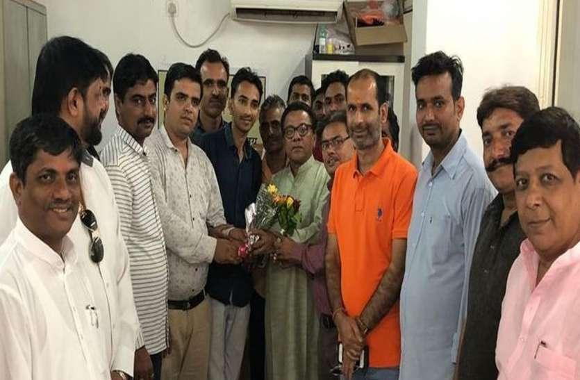 विधानसभा चुनाव राजस्थान में और प्रचार दमण से