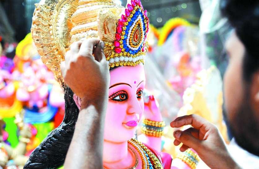 आइटी और कॉरपोरेट पेशेवरों द्वारा बेगूर रोड में की जाती है दुर्गा पूजा