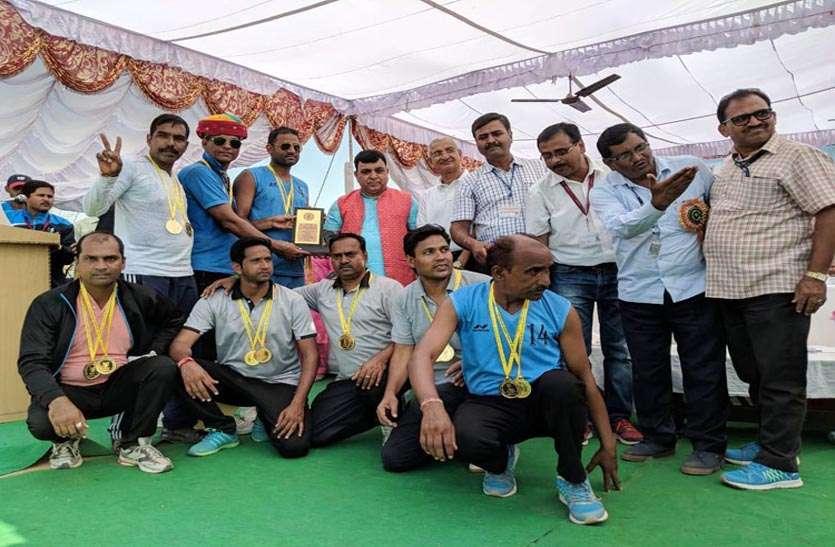 तीन स्वर्ण पदक व तीन रजत पदक जीत संस्थान का नाम किया रोशन