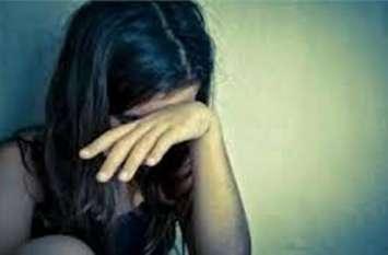 विवाहिता को नशीली मिठाई खिलाकर किया बलात्कार, बनाई अश्लील वीडियो