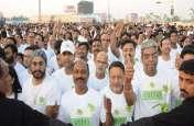 लखनऊ में 2500 से अधिक धावकों ने लगाई दौड़ देखें तस्वीरें