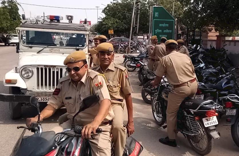 खुद पुलिसकर्मी नहीं मानते यहां अपने एसपी के आदेश। क्या है मामला ?, देखे वीडियो..